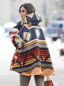 الأوروبي والأمريكي الخريف والشتاء التجارة الخارجية المرأة الملابس نمط جديد بأكمام طويلة معطف مقنعين مطبوعة معطف الصوف أزياء قبعة
