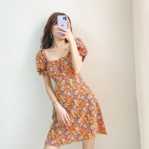 L1MH3 Floral Mujeres 2021 Vestido de verano Nuevo estilo Cintura Cerrar Show Thin Square Colllar Bubble Manga Platycodon French French Dressskirt