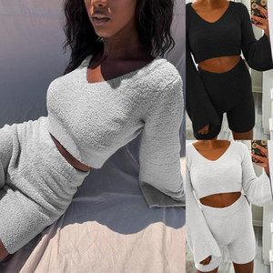 2021 Herbst- und Winteranzug V-Ausschnitt Trompetenhülse Kurzer Plüsch Pullover und Shorts Zwei Teil Sets Frauen Ropa de Mujer Trainingsanzug