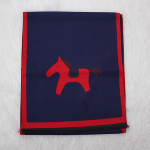 Зимние дети детские шарфы мальчики девушки мода классический шарф детей сплошной цвет лошади печать шарфы дети открытый теплый шарф аксессуары горячие продажи