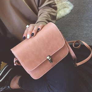 2021 Bag Cross Shoulder Women Messenger Solid Square Color The Body Handbag Tide Diagonal Lock Female Turn Mini Sgceu Mqest