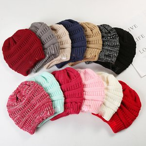 Factory Direct Fashion Autumn Winter Hat Womens Warm Knit Ponytail Cap Simple Empty Top Cap DB314