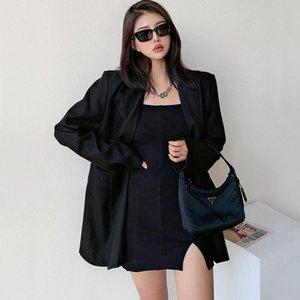 Женские костюмы Blazers Женщины Парень Blazer Blazer в черных нотах отворота