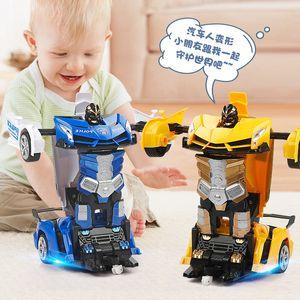 Vente chaude Chargement de la déformation Télécommande Toy King Kong Robot Jouet Enfants Autobot Racing Voiture 04