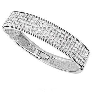 Women Fashion Bangles Rhinestones Crystal from Swarovski Elements Luxurious Banquet Party Jewelry Bracelets Female Gift 5122