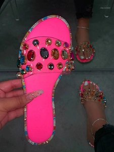 2020 spring and summer explosion gemstone rhinestones flashing sandals comfortable wild diamond slippers1