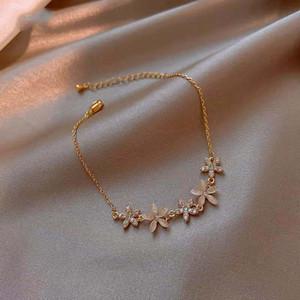 Avebien pulseira para mulheres presentes para o ano novo jóias 2021 moda Pétala braceletes meninas pulseira femme acier inoxydable