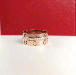 Natale regalo di lusso in titanio acciaio amore anello stile stile tre livelli mutevole classico anello in oro moda moda multi-stile usura packag squisito
