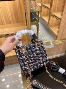 2021luxury Designer Princess Lady Women Fashion Vintage Clutch Handbags Dot Latch Lock Rivet Patent Patent Cuero Bolsas de embrague Comador Diamante