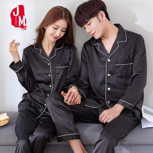 2020 Black Silk Men Pajama Set Sleep Solid Solid Satin Sleepwear Uomini Summer Suit Manica Full Silk Pigiama Men Pajamas Maschio XL XXL XXXL LJ201113