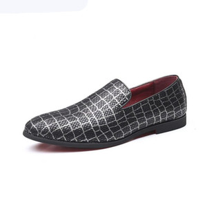 Fashion Gold Plaid Oxford Men Dress Shoes White Pointy Night club Bar Men Loafers Red bottom Wedding party Driving Flats