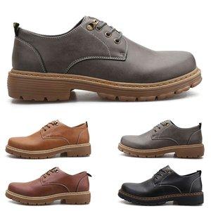 Mode grande taille 38-44 nouvelles chaussures pour hommes en cuir pour hommes surchaussures britanniques chaussures de sport gratuit Envoi Espadrilles Seven