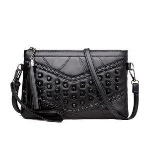 Manufacturers wholesale leather handbags 018 fashion wild new sheepskin shoulder diagonal hand bag Mummy bag