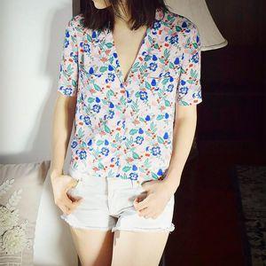 Fashion new V neck fresh flower printed pajamas collar double pocket short sleeve shirt