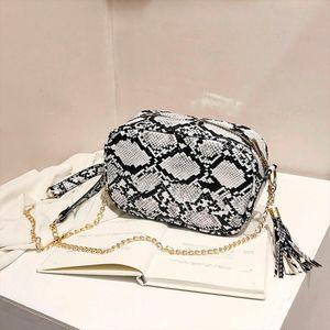 Crossbody Bag For Women Fashion Snake PU Leather Shoulder Bag Female Serpentine Print Messenger Women Brand Tassel