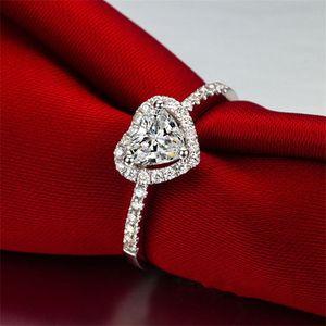 Big Love Heart Band Rings Rhinestone Lady Anello Anello Gioielli Donne Accessori moda Valentine Day Regalo Vendita calda 3 9L