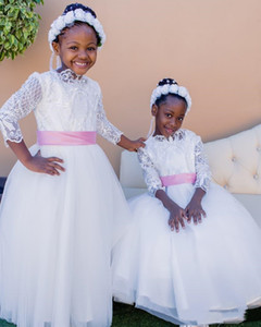 Cute Flower Girls Dresses For Wedding Lace Short Sleeves Tulle With Sash Birthday Party Dress Ball Gowns