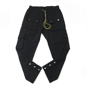 Pantalones de nylon negro Snap Fit carga suelta del basculador Pantalones deportivos Ocho bolsillos Styling