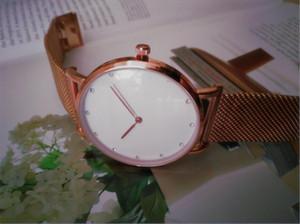 Top Fashion Hombre de lujo Mujeres 32mm 40mm Mira Nice Designer Acero inoxidable Sexy Lady Watch Reloj de cuarzo de alta calidad Reloj de gota Envío