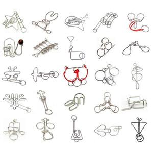 Clásico de alambre de metal IQ Puzzle desconcertantes cerebrales Magic Rings Puzzle Rompecabezas Juego para Adultos Niños