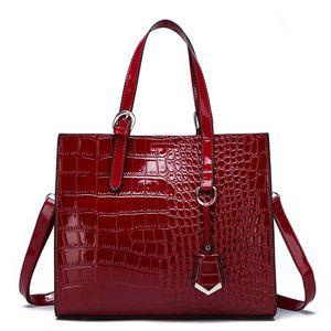 Hot Sale 2020 Hot Solds New Shoulder Handbag Fashion Handbag Messenger Bag Large Capacity Handbag Alligator Designer Crossbody Bags