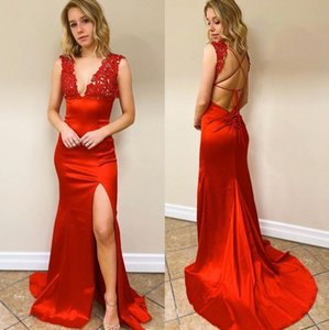 Red Mermaid Lace Prom Dresses Deep V Neck Sleeveless Evening Gowns Satin Sweep Train Side Split Formal Party Dress
