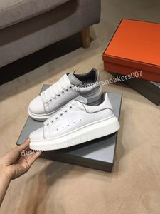 2021top New Man Sneakers Zapatos de cuero Zapatos de cuero Aumentar hombres y mujeres Tamaño GP190217