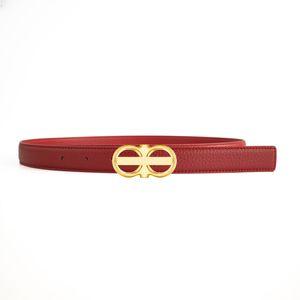 Cinturón de mujer Cinturones de vaca de moda Cinturones de cinturón suave Casual Ancho de la correa para mujer 2.4cm 18 Modle Opcional de calidad superior con caja de regalo