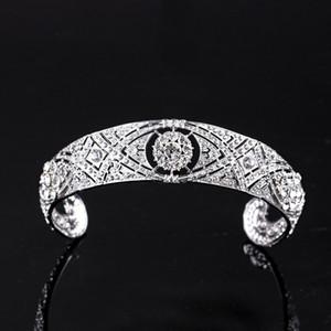 2021 Gold Princess Headwear Chic Bridal Tiades Accessori Stunning Crystals Perle Tiades e corone 12178