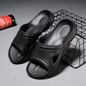 New style mens bathroom slippers EVA slippers casual soft bottom household sandals fashion outdoor slippers
