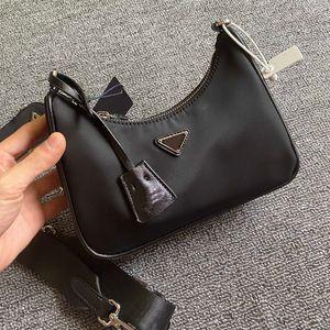 Hot selling top women's handbag messenger wallet ladies retro nylon three-in-one designer shoulder bag hobo 2021 fashion duffel bag