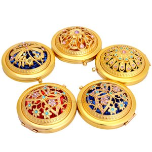 Fashion Gold Tone Bling Maquillage Mer Mirror Miroir Miroirs Miroirs Miroirs Diamètre 7cm Pliant Pocket Beauty Tool pour Lady Gratuit XH2ZVV
