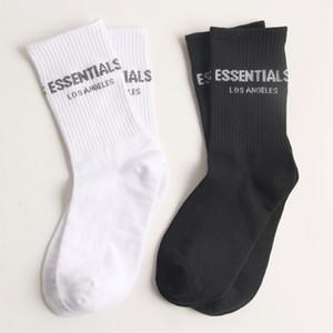 High Street Fashion Brand Niebla Essentials Calcetines para hombres y mujeres Parejas Deportes de ocio juego con manguera mediana