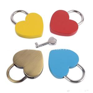 سبيكة شكل قلب مفتاح قفل البسيطة الفاظ أن قفل متحدة المركز خمر القديمة نمط العتيقة مع مفتاح جديد نقي اللون 5 2SJB1