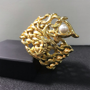 2020 fashion Vintage Gold Color Egyptian Pharaoh Design Jewelry Beetle Bracelet Big Bangle Cuff Bracelet Hot Brand Jewelry Copper Jewelry