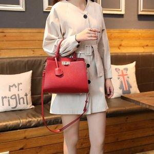 New Arrival Designer Women Tote Handbag Purses High Quality Flap Lady Shoulder Bags Plain Crossbody Women Bag Ins Hot Selling Bag