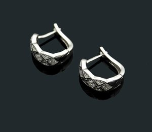 Luxury fashion jewelry C letter plaid diamond stud earrings Ms. plaid full diamond ear clip love33