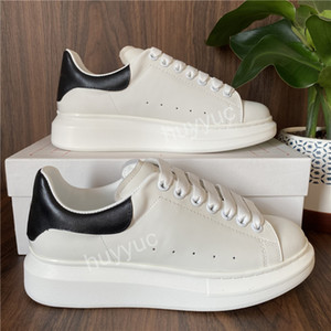 2021 Top Quality Mens Womens BLcak Vielet Shoes Casual Scarpe Casual Best Fashion Bianco Pianta piattaforma in pelle Shoes Flat All'aperto Dress Daily Dress Shoes Shoes
