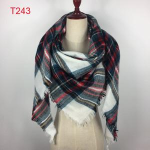 2018 Großhandel Heißer Winter Schalschal Neuer Mode-Entwurf Dreieck Schal Stola Plaid Fashion Warm-Schal für Frauen Pashmina Schal