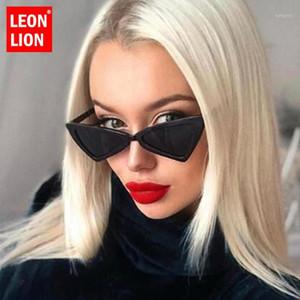 Léonlion 2020 Mode Triangle Lunettes de soleil Femmes Marque Designer Petit cadre Sunglasses en plastique Vintage Lentes de Sol Mujer1
