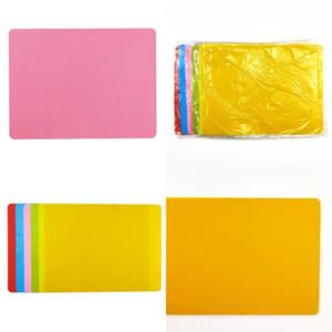새로운 컬러 사탕 실리콘 패드 어린이는 플레이스 매트 스퀘어 패션 테이블 매트 40x30cm 홈 가구 핫 스키드 증거 3 8QF D2