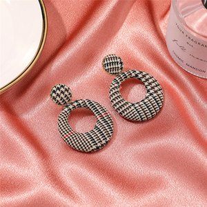20pairs Lot Brand New Retro Hollow Grid Stud Earrings Contrast Color Large Circle Ear Drop Women Fabric Coffee Dangle Earrings Jewelry