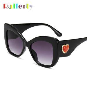 Ralferty 2020 Vintage Ladies Cat's Eye Sunglass Women Heart Sun Glasses UV400 Black Shades For Women lunette A6951