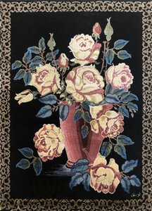 34x45cm Beautiful Rose And Vase Design Hand Weave Tapestry High Quality Silk 500L Small Rug Decoration Wall