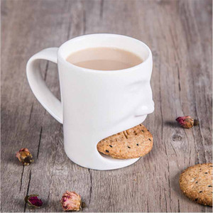2020 New Cookie Mug Ceramic Milk Tea Cup Funny 3D Face Mug Creative Coffee Mug with Biscuit Pocket Holder Novelty Birthday Gift