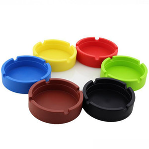 Soft Silicone Ashtray Portable Anti-scalding Cigarette Holder Round Luminous Mini Ash Tray Home Novelty Crafts Smoking Accessori 31 N2