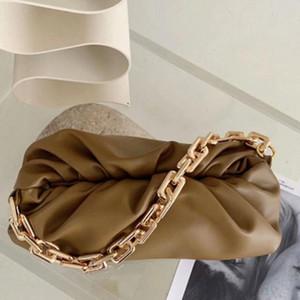 Bolsos de hombro de moda Bolso de la bolsa de las señoras de la marca de cuero famosa negra con la bolsa de la bolsa de la cadena de metal grande Bolso de diseño de Lujos 2020