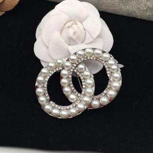 Venta caliente Diseñador Broche Famosa letra Diamante Broches Pin Tassel Mujeres Lujo Broche Joyería Decoración de Ropa
