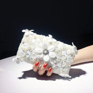Celebrity Hand Tomar la cena femenina Blanco Novia NUEVO 2019 Fashion Fashion Wild Wedding Dress Bag Q1116
