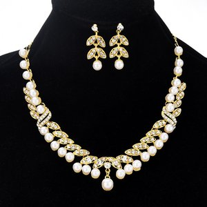 Bridal Set Chain Leaf Pearl Necklace Earrings Korean Style Wedding Dress Two-Piece Set Pearl Leaf Set Chain